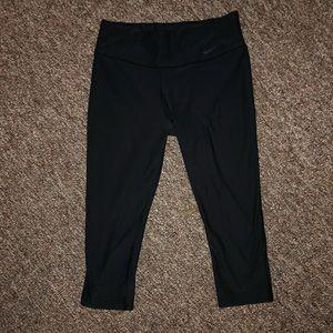 Cropped Nike Athletic Leggings